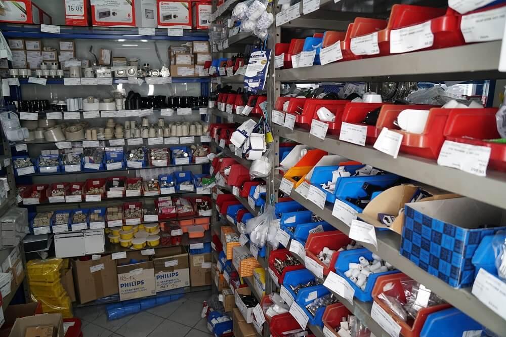 prodavnica elektromaterijala u centru grada